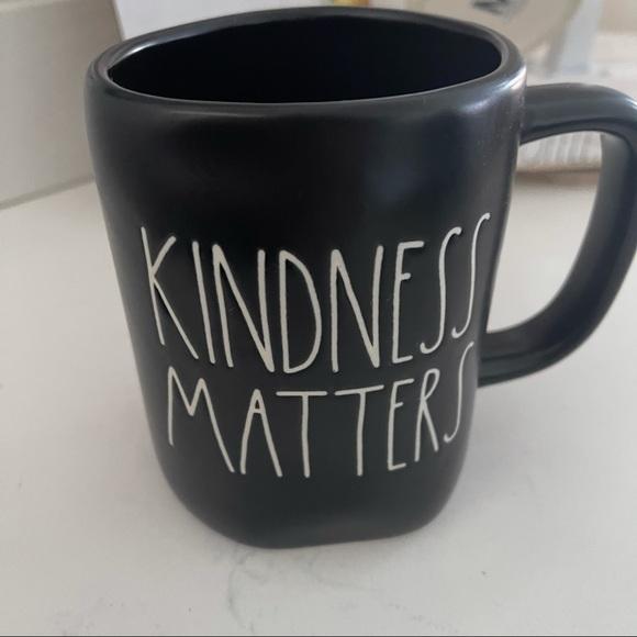 "Rae Dunn "" Kindness Matters"" black mug"